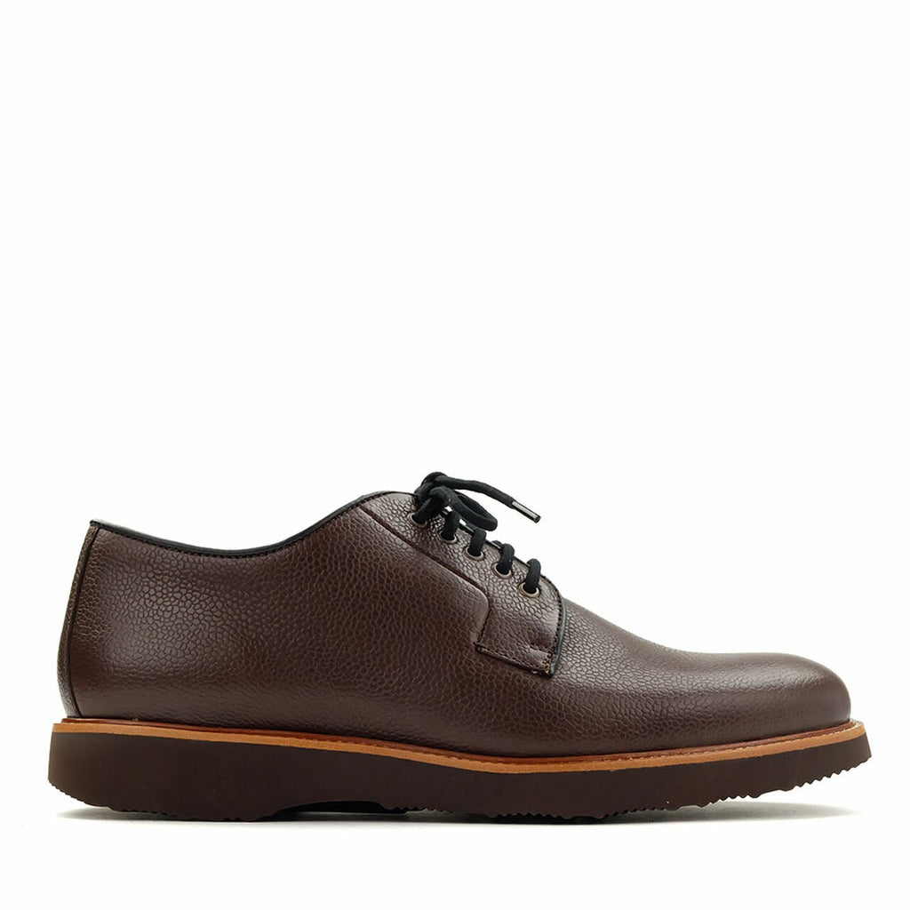 Highlander Brown Pebble Grain Leather