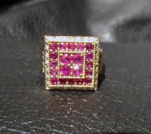 Burmese Ruby Ring 18K gold