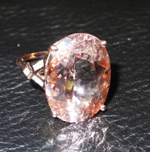 Load image into Gallery viewer, morganite ring