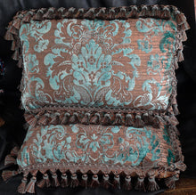 Load image into Gallery viewer, Fortuny pillows