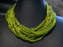 Load image into Gallery viewer, peridot necklace