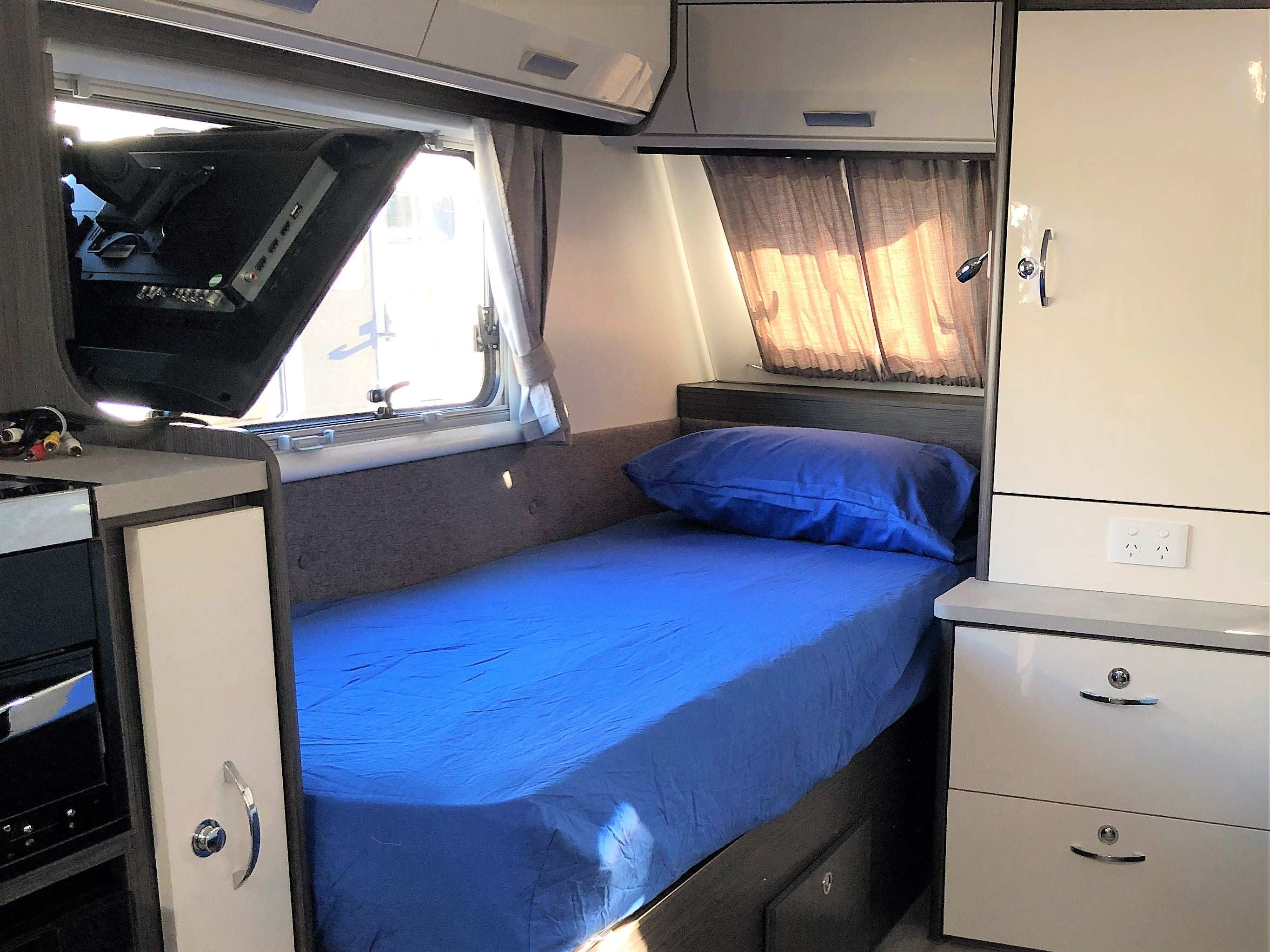 Caravan Sheets -  King Single Bed