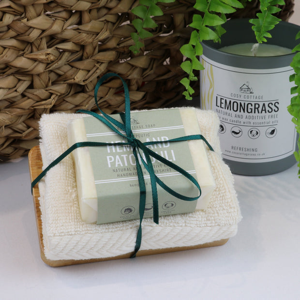 Cosy Cottage Soap 110g Soap, Hemp & Patchouli Soap Dish & Face Cloth Set
