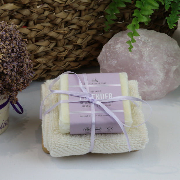 Cosy Cottage Soap 110g Soap, Lavender Soap Dish & Face Cloth Set