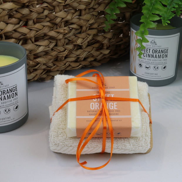 Cosy Cottage Soap 110g Soap, Sweet Orange Soap Dish & Face Cloth Set