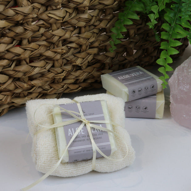 Cosy Cottage Soap 55g Aloe Vera Soap & Cloth Set