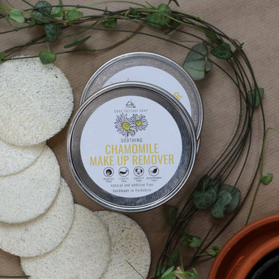 Cosy Cottage Soap Chamomile Makeup Remover with exfoliating loofah discs
