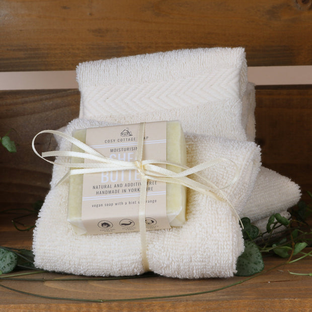 Cosy Cottage Soap Shea Butter Facial Soap With Flannel