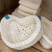 Crocheted basket in recycled yarn