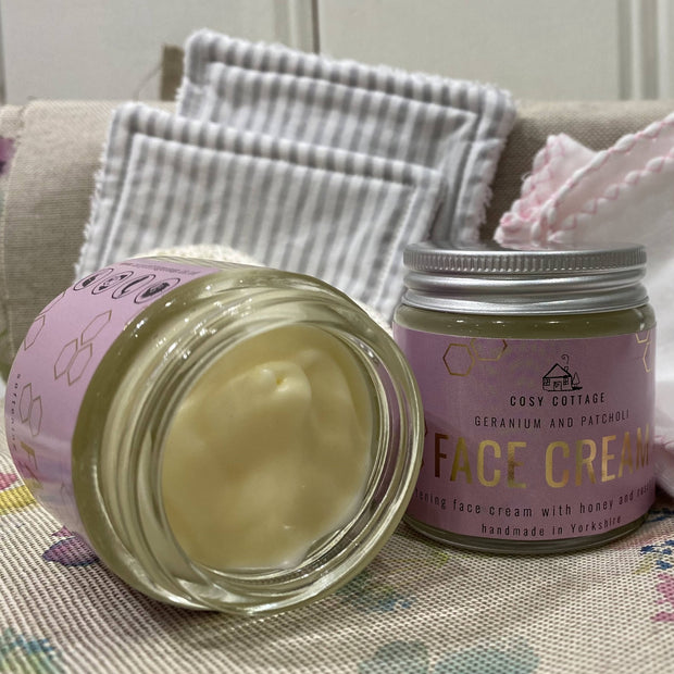 Honey and Rosehip Oil Face Cream with Geranium and Patchouli