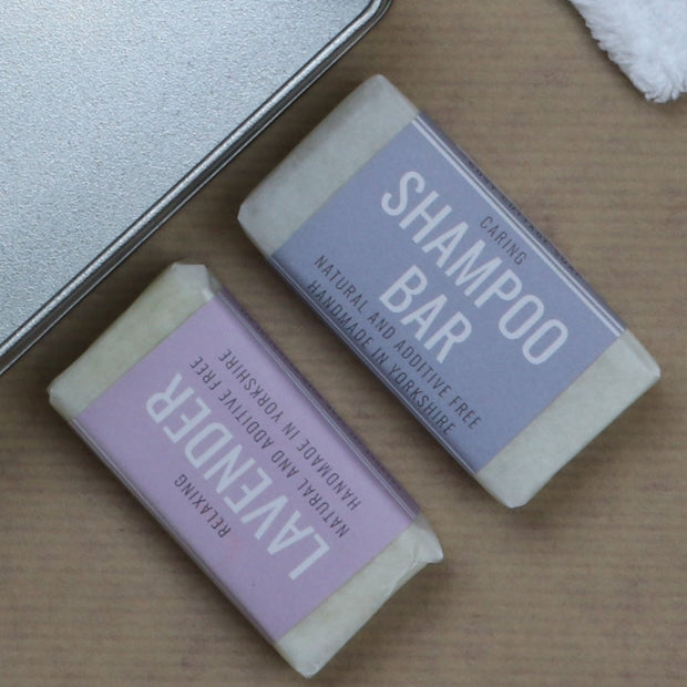 Cosy Cottage Soap Travel Tin Holiday Toiletries With Solid Shampoo & Lavender Soap
