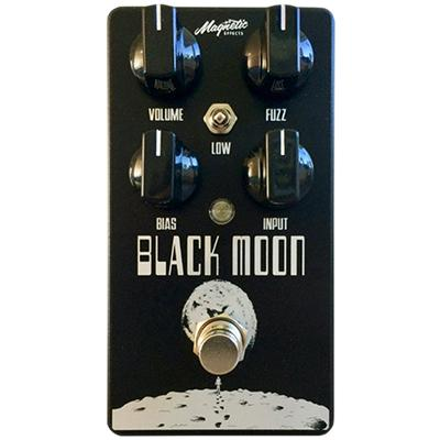 MAGNETIC EFFECTS Black Moon Pedals and FX Magnetic Effects