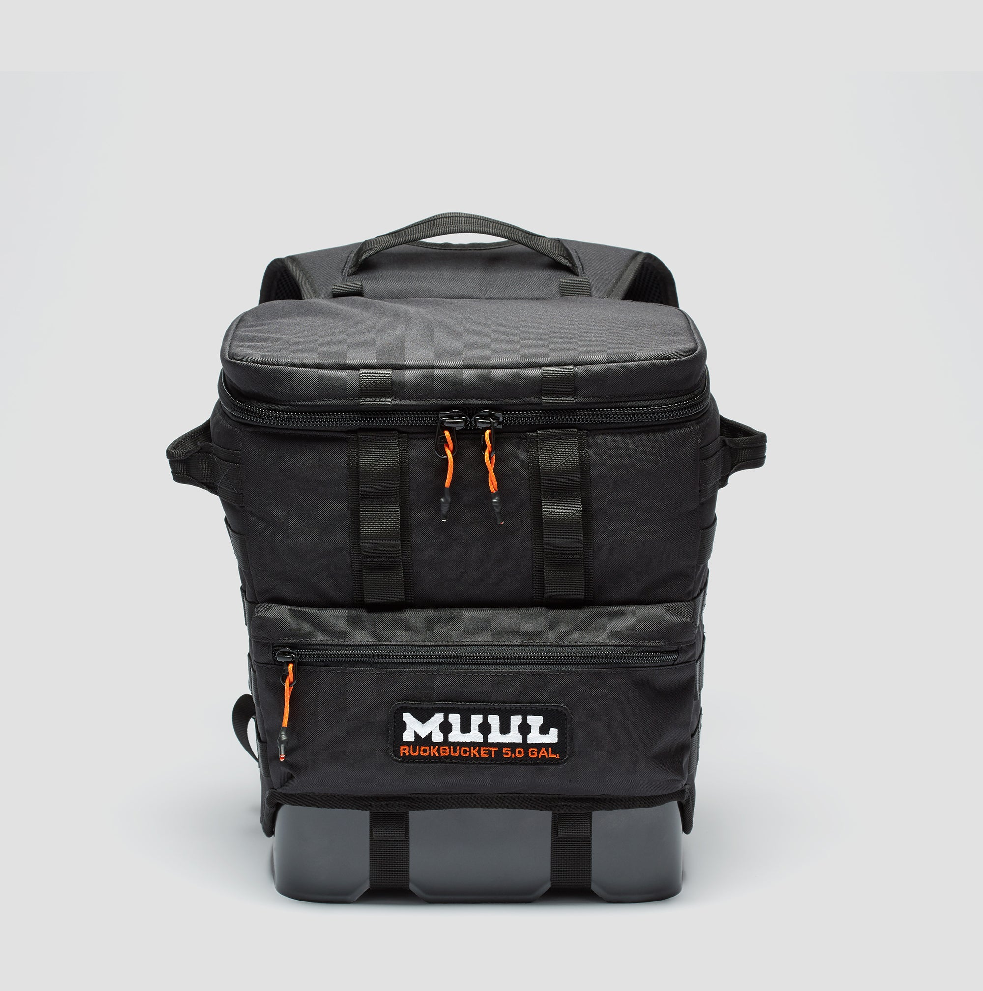Ruckbucket by MUUL straight on product shot black