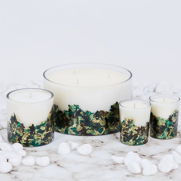 Hand-poured & Dyed 8oz Glass Soy Candle - Emerald 1