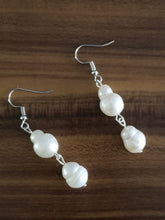 Load image into Gallery viewer, Freshwater Baroque pearls earrings