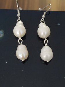 Freshwater Baroque pearls earrings