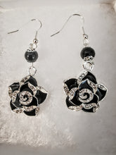 Load image into Gallery viewer, Black earrings Camellia