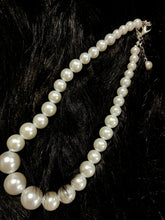 Load image into Gallery viewer, Wedding Pearls Necklace