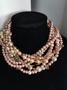 Wedding chunky pearls necklace