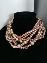 Load image into Gallery viewer, Wedding chunky pearls necklace