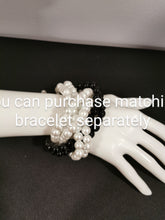 Load image into Gallery viewer, Black and white bracelet