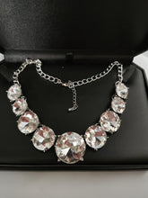 Load image into Gallery viewer, Anna Wintour Necklace
