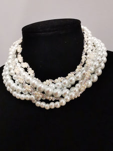 Wedding choker Pearls