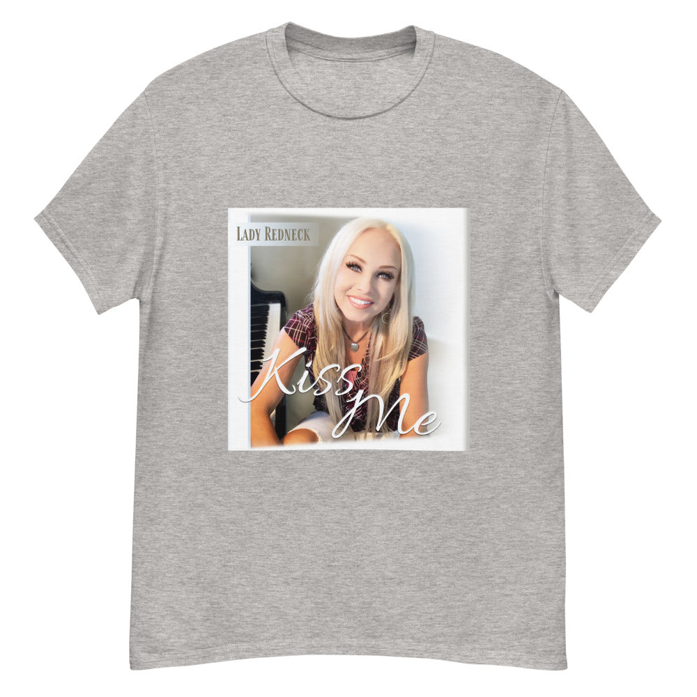 """Kiss Me"" - Lady Redneck T-shirt"