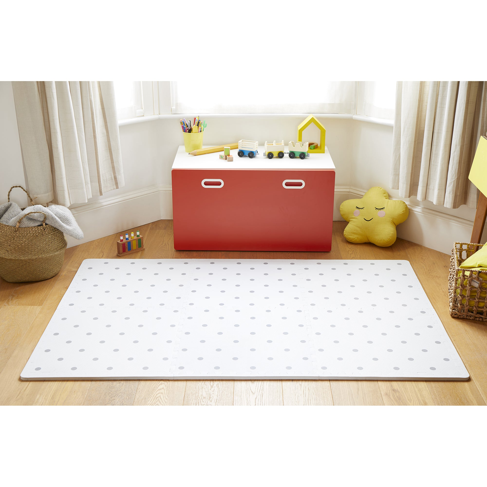 Circle Playmat Set in White