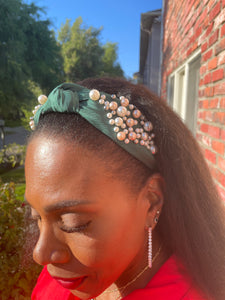 PEARL SATEEN KNOTTED HEADBAND