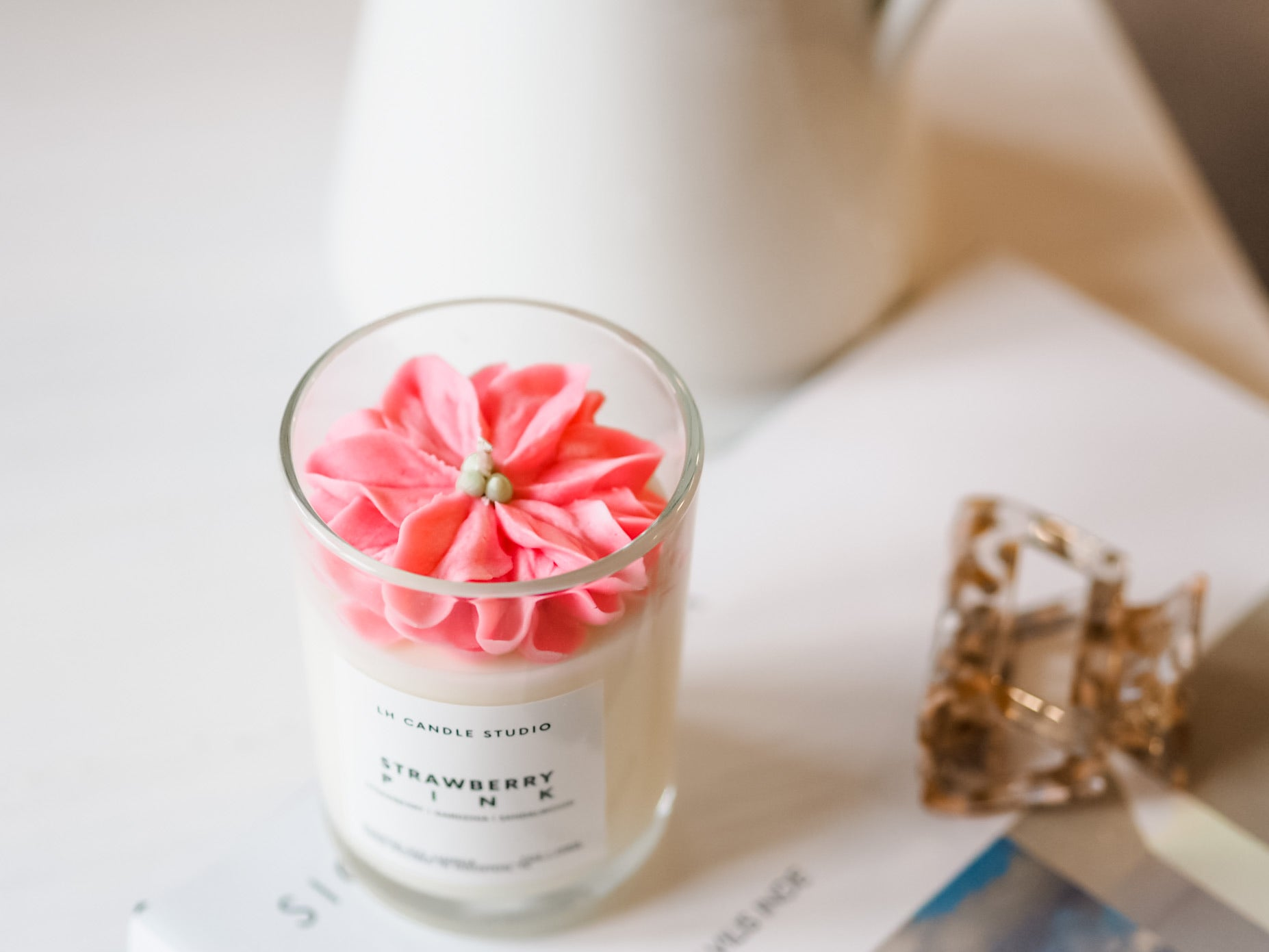 Strawberry pink Candle