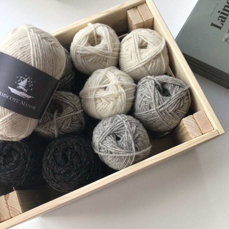 Armscote Manor PORTLAND & BLACK WELSH MOUNTAIN WOOL DK