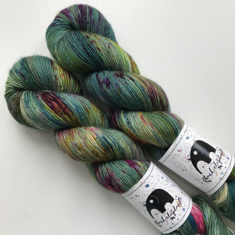 Black Elephant MERINO SINGLES - Hallucinations - Beautiful Knitters