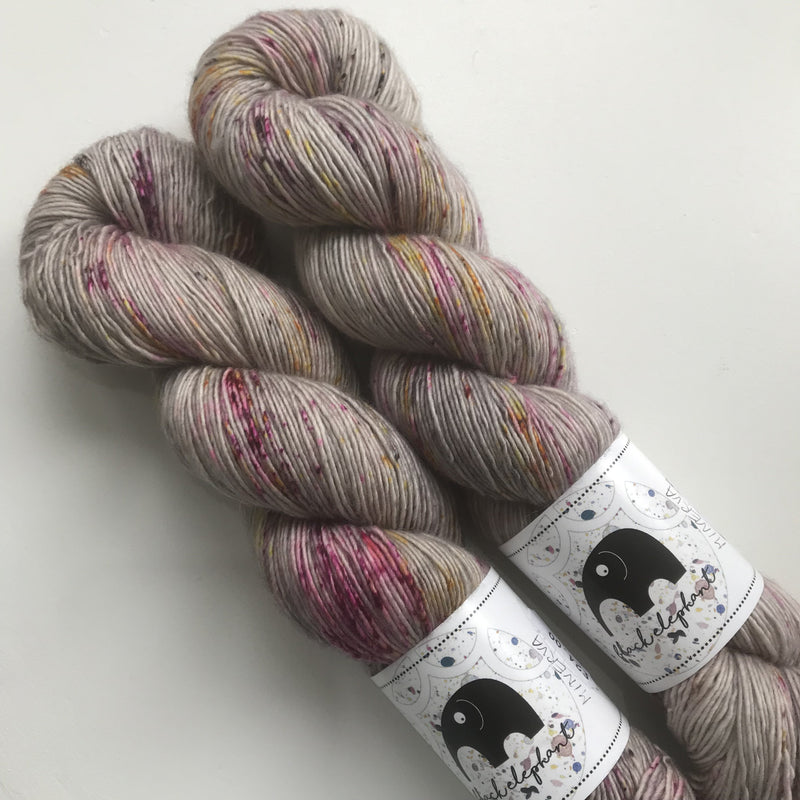 Black Elephant MERINO SINGLES - Minerva - Beautiful Knitters