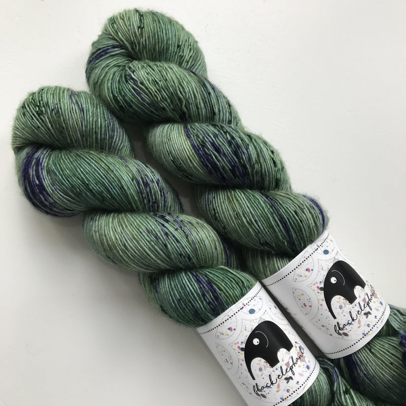 Black Elephant MERINO SINGLES - Salvia - Beautiful Knitters