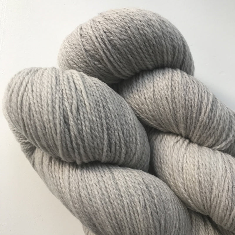 Hey Mama Wolf MOKOSH - Birch Bark Grey - Beautiful Knitters