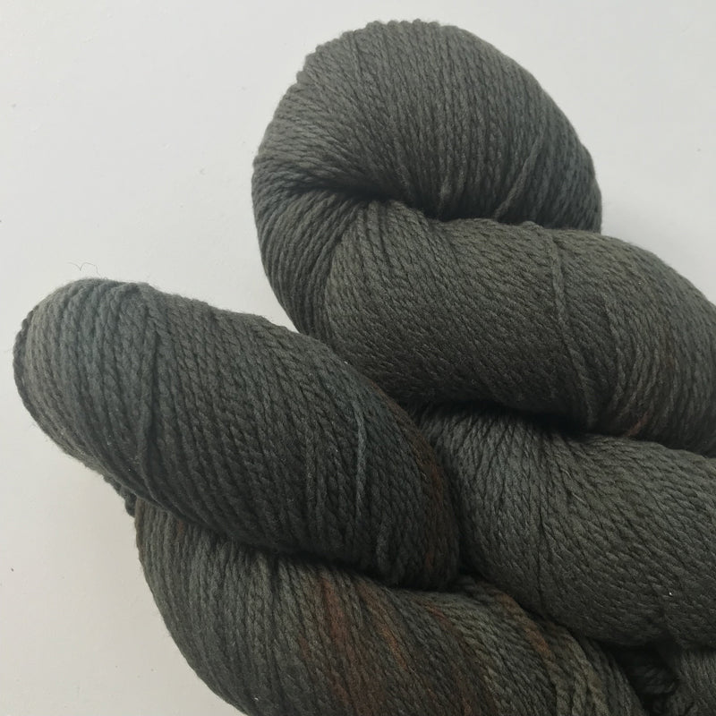 Hey Mama Wolf MOKOSH - Chestnut Indigo - Beautiful Knitters