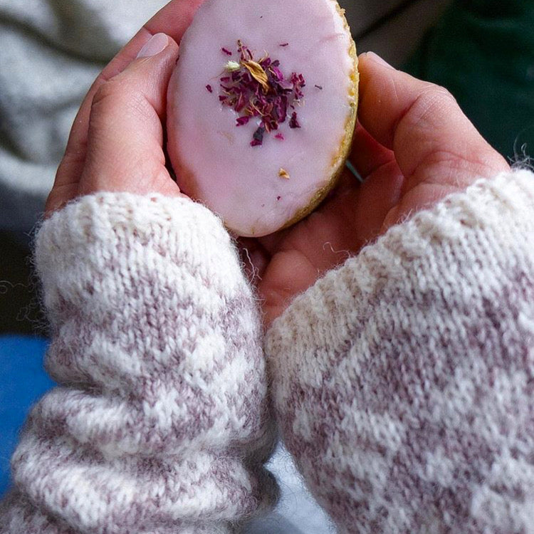 Learn Colourwork! Stranded Wrist Warmers Class - Saturday 4th January - Beautiful Knitters