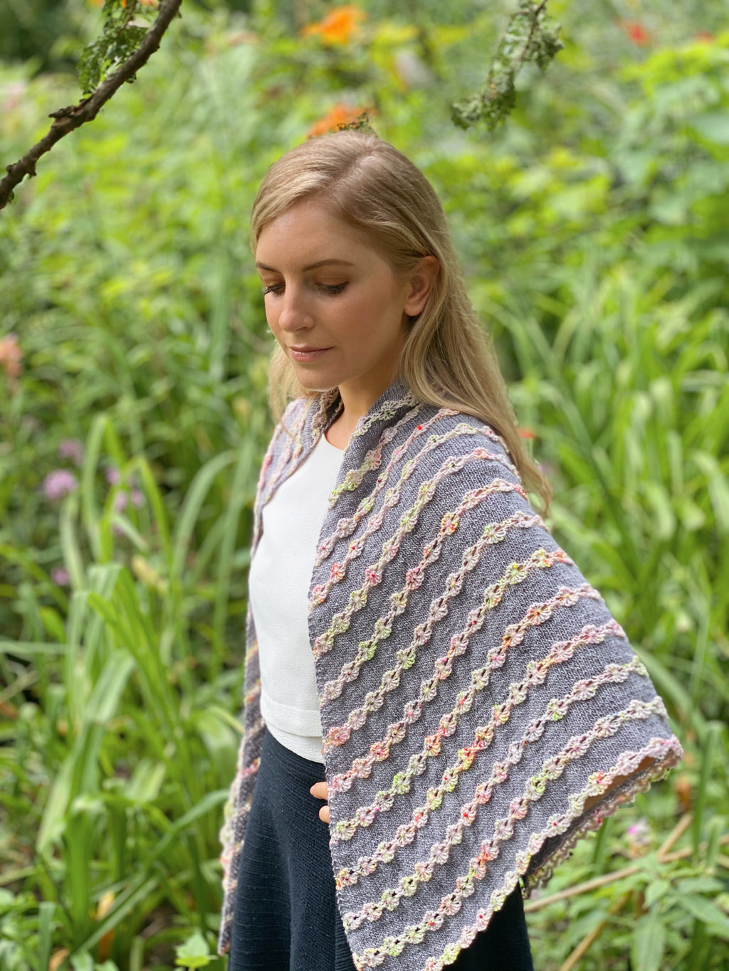 Handpicked Shawl Kit - [variant_title] - Beautiful Knitters