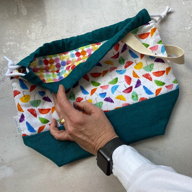 Saffron Blue PROJECT BAG - Umbrella Rainbow 1 - Beautiful Knitters