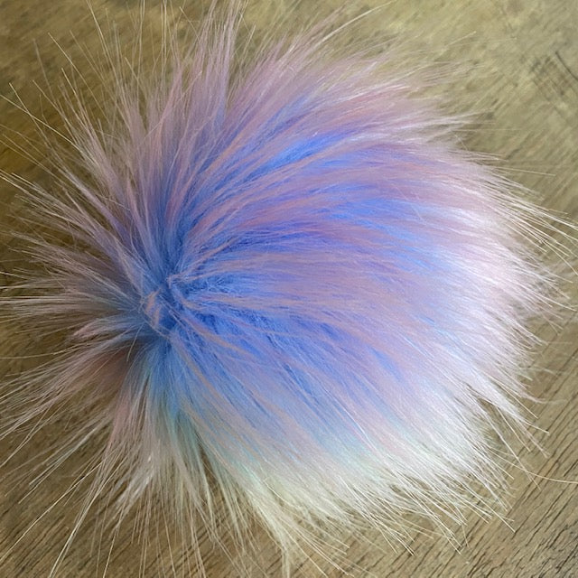 The Crafty Bird POM POM - Medium / Blue Rainbow / String - Beautiful Knitters