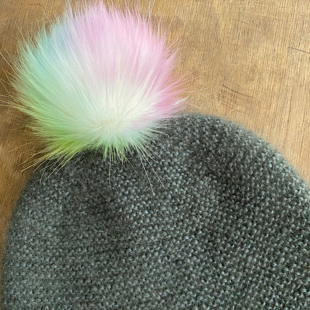 The Crafty Bird POM POM - Medium / Pastel Rainbow / String - Beautiful Knitters