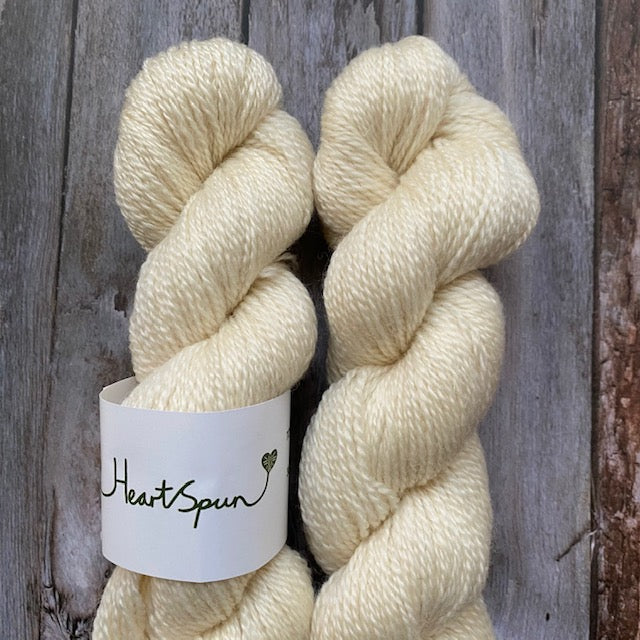 Woolly Chic HEART SPUN - Natural - Beautiful Knitters