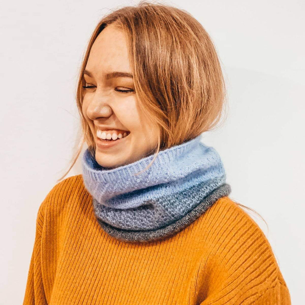 Faith Snood Photo Model - Free Knitting Pattern