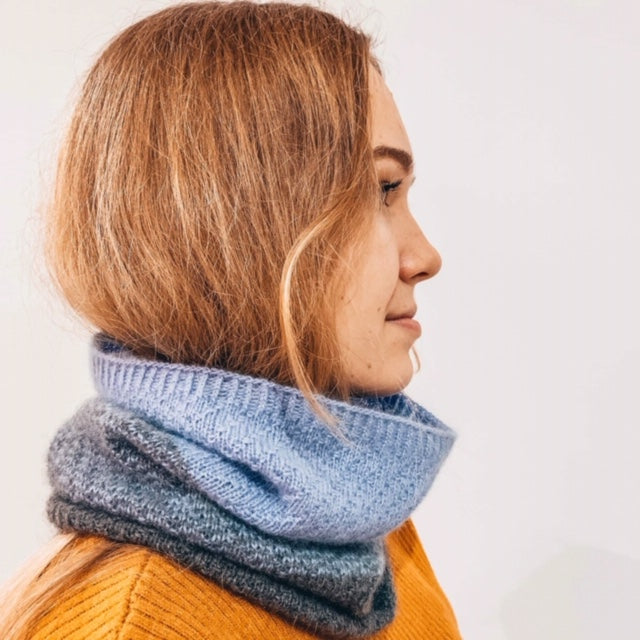 Faith Snood Photo Side Model - Free Knitting Pattern