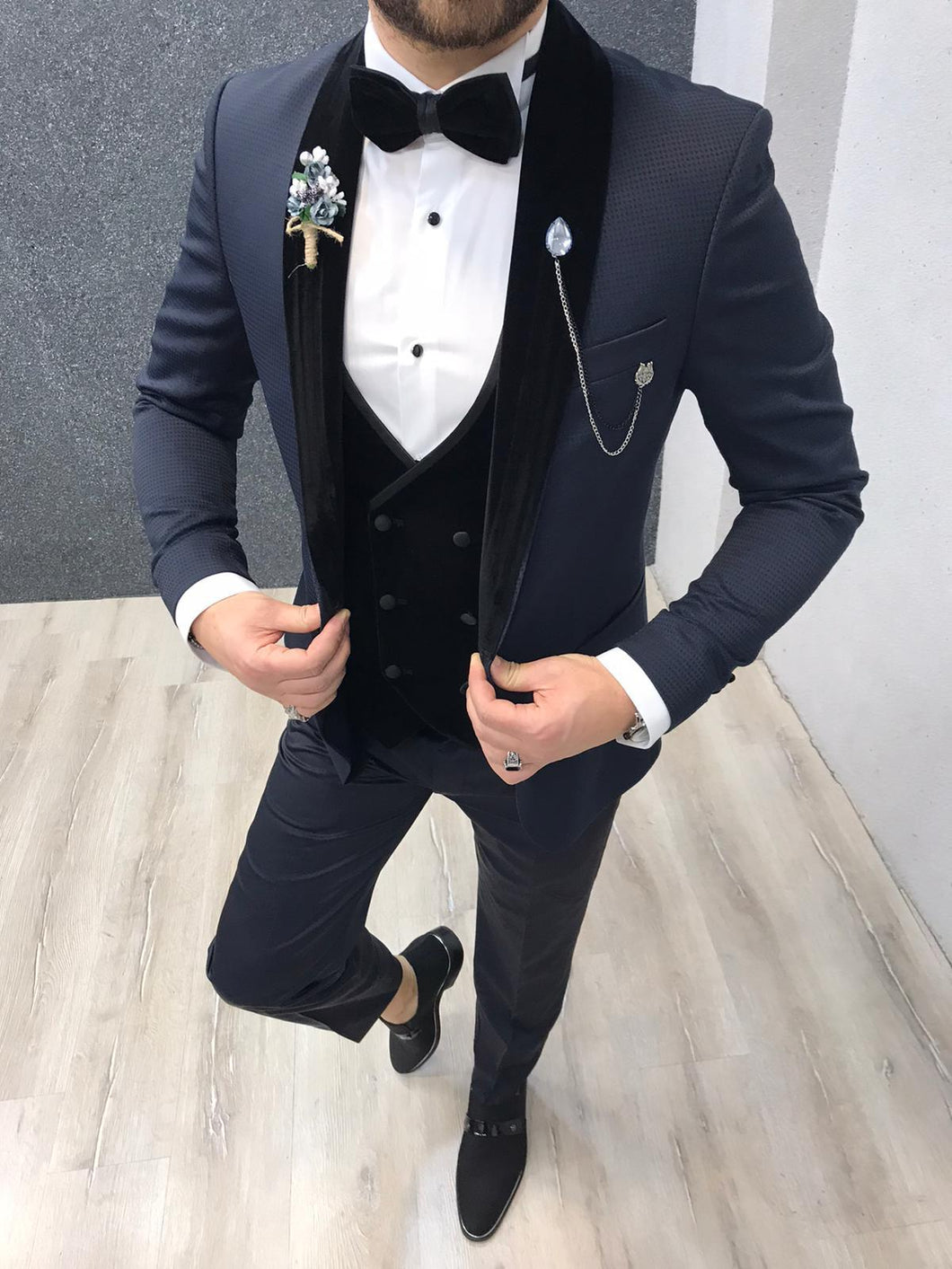 Noah Navy Vested Tuxedo (Wedding Edition)