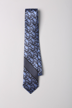 Laden Sie das Bild in den Galerie-Viewer, Paisley Dash Silk Tie