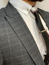 Noak Plaid Dark Grey Slim Suit