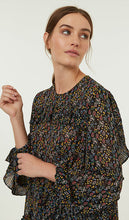 Load image into Gallery viewer, Winter Floral Blouse