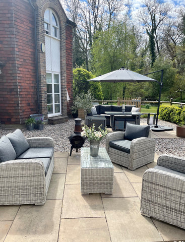 inspirational outdoor garden lounge seating area